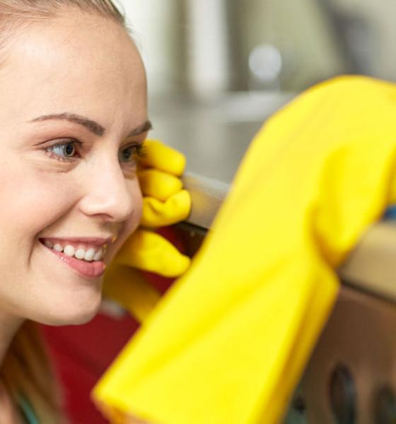 Come risparmiare davvero sui detergenti industriali per il canale horeca